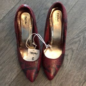 Mossimo red snake skin Woman's shoes